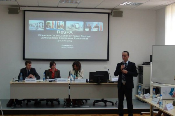 Workshop on Evaluation of Public Policies5.jpg
