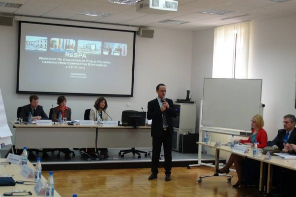 Workshop on Evaluation of Public Policies9.jpg