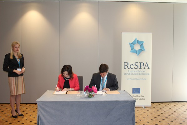 ReSPA and Ministry of Public Administration of the Republic of Slovenia signed the MoU 1.jpg